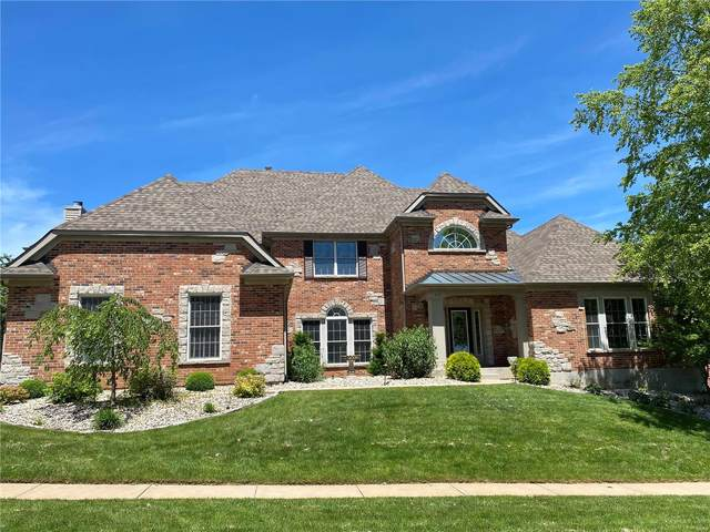 342 Greycliff Bluff Drive, St Louis, MO 63129 (#20033850) :: Parson Realty Group