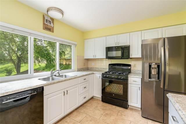 698 Woodrun Court, Ballwin, MO 63021 (#20034052) :: Kelly Hager Group   TdD Premier Real Estate