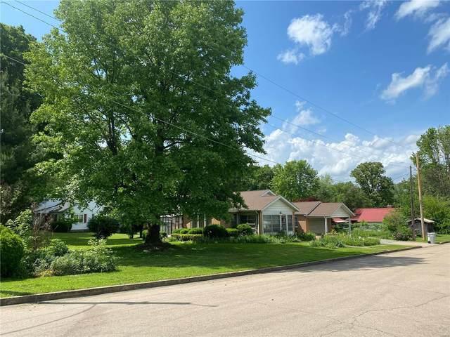 825 Sainte Genevieve Avenue, Farmington, MO 63640 (#20034330) :: The Becky O'Neill Power Home Selling Team