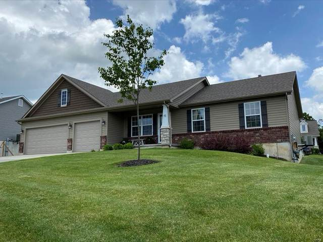 15 Millstone Lake Drive, Winfield, MO 63389 (#20034348) :: The Becky O'Neill Power Home Selling Team