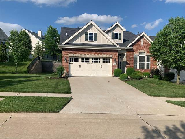 322 Kendall Ridge Court, Chesterfield, MO 63017 (#20034571) :: The Becky O'Neill Power Home Selling Team