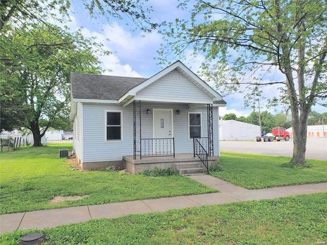 111 N Railroad Street, RAYMOND, IL 62560 (#20034893) :: The Becky O'Neill Power Home Selling Team