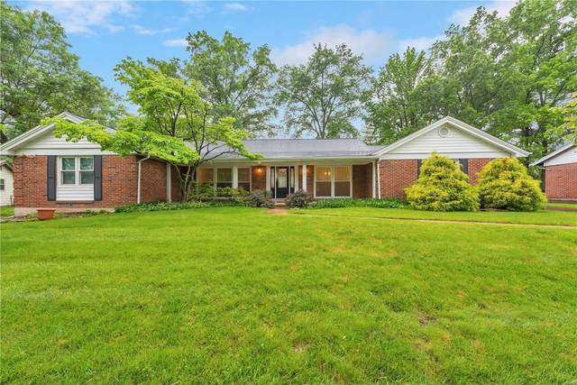 14392 Tealcrest Drive, Chesterfield, MO 63017 (#20034897) :: The Becky O'Neill Power Home Selling Team