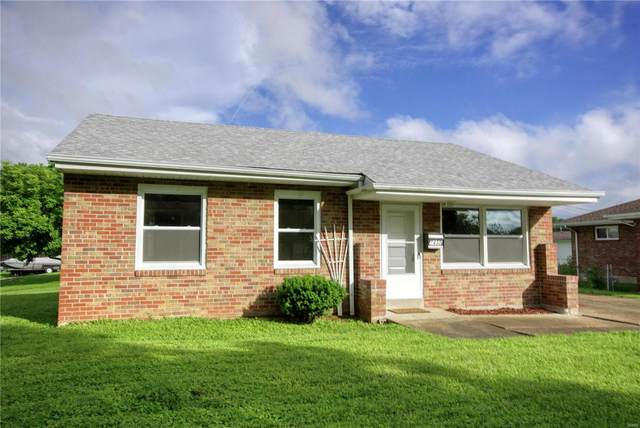 7430 Sharp Avenue, St Louis, MO 63116 (#20034953) :: The Becky O'Neill Power Home Selling Team
