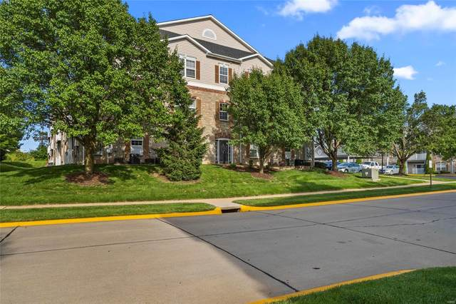 2 Monarch Trace Court #104, Chesterfield, MO 63017 (#20035005) :: Parson Realty Group