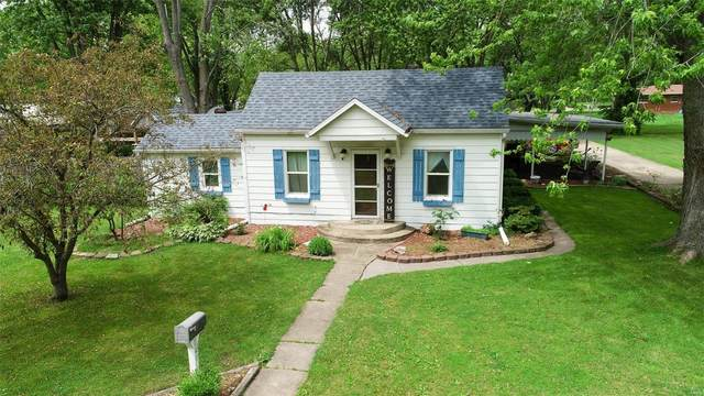 225 Mckinley, Worden, IL 62097 (#20035119) :: The Becky O'Neill Power Home Selling Team