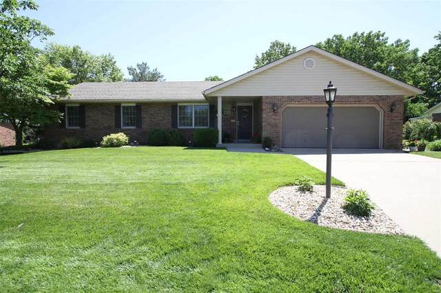 5121 Riverwood Drive, Godfrey, IL 62035 (#20035374) :: St. Louis Finest Homes Realty Group
