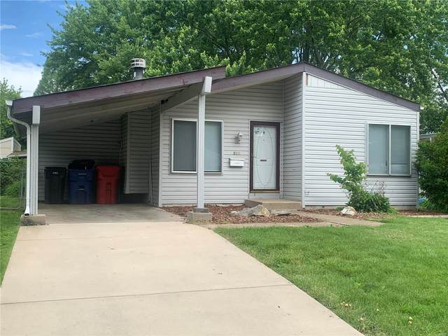 3311 Mowing Green Drive, Florissant, MO 63031 (#20035408) :: Clarity Street Realty