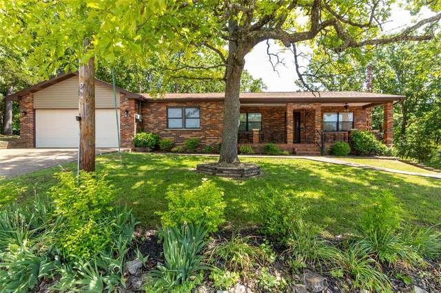 311 N Lake Drive, Hillsboro, MO 63050 (#20035439) :: The Becky O'Neill Power Home Selling Team
