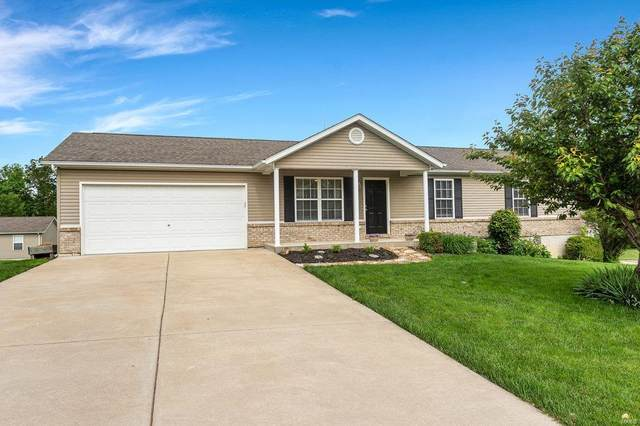 9 Stonegate, Troy, MO 63379 (#20035462) :: The Becky O'Neill Power Home Selling Team