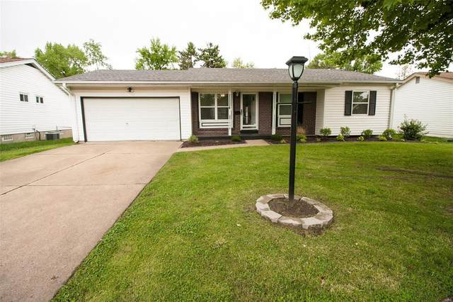 431 White Birch Way, Hazelwood, MO 63042 (#20035664) :: Hartmann Realtors Inc.
