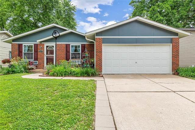 2932 Dividend Park, Florissant, MO 63031 (#20035707) :: The Becky O'Neill Power Home Selling Team