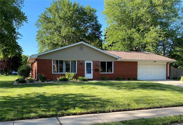 402 Matthew Drive, O'Fallon, IL 62269 (#20035756) :: Sue Martin Team