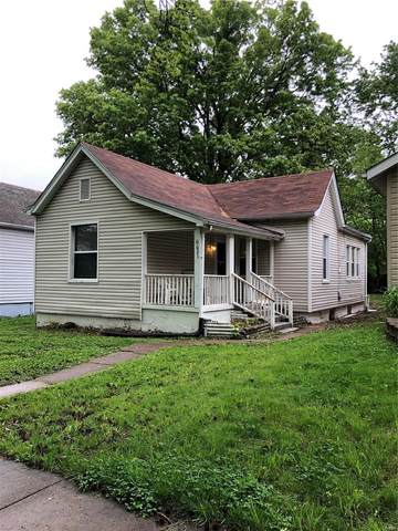 6621 Crest Avenue, St Louis, MO 63130 (#20035791) :: The Becky O'Neill Power Home Selling Team