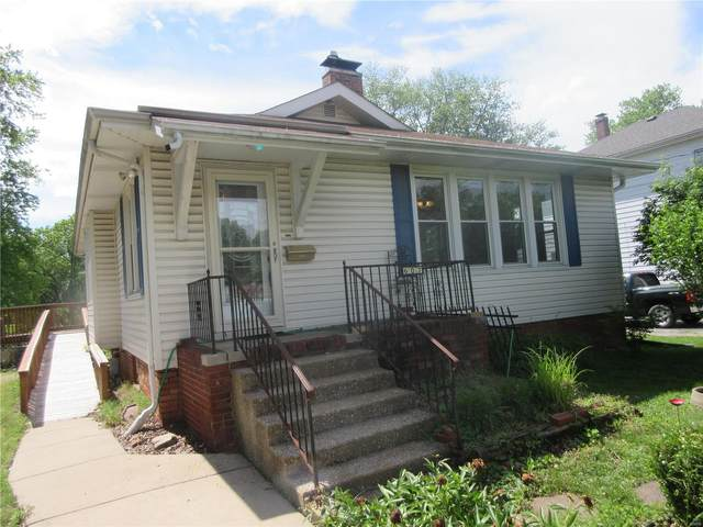 607 N Morrison Avenue, Collinsville, IL 62234 (#20035819) :: Tarrant & Harman Real Estate and Auction Co.