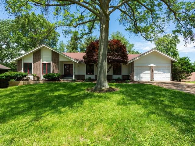 12923 Somerton Ridge Drive, St Louis, MO 63141 (#20035976) :: Sue Martin Team