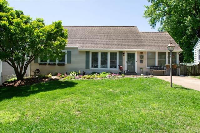 6924 Ravenscroft Drive, St Louis, MO 63123 (#20035981) :: Walker Real Estate Team
