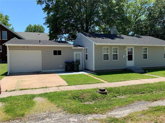 304 Kaskaskia, New Athens, IL 62264 (#20036008) :: The Becky O'Neill Power Home Selling Team