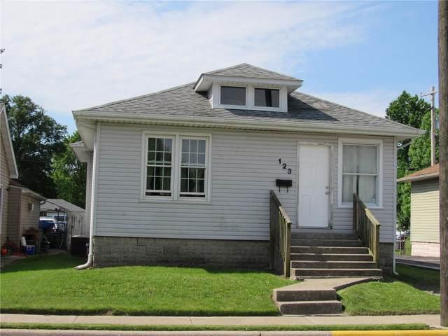 123 Tydeman Ave, Roxana, IL 62084 (#20036140) :: Tarrant & Harman Real Estate and Auction Co.