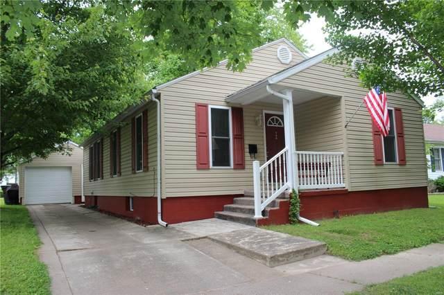 509 E Winter Avenue, Greenville, IL 62246 (#20036333) :: Matt Smith Real Estate Group