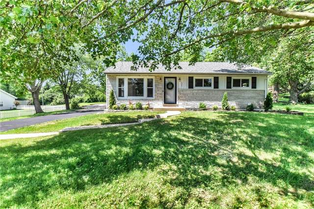 627 Highland Drive, Ballwin, MO 63011 (#20036355) :: The Becky O'Neill Power Home Selling Team