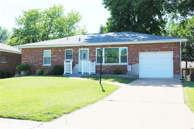 8617 Security Court, St Louis, MO 63123 (#20036368) :: Walker Real Estate Team