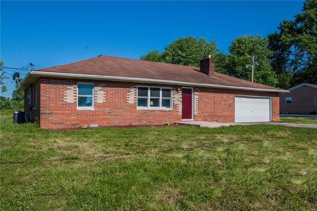 5543 N State Route 159, Edwardsville, IL 62025 (#20036421) :: The Becky O'Neill Power Home Selling Team
