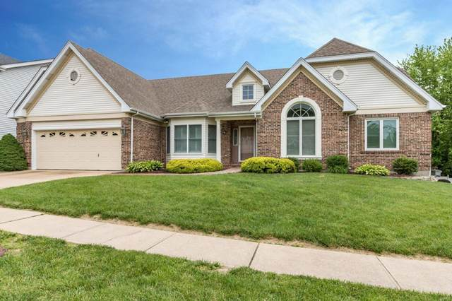 4962 Karington Place Drive, St Louis, MO 63129 (#20036564) :: The Becky O'Neill Power Home Selling Team