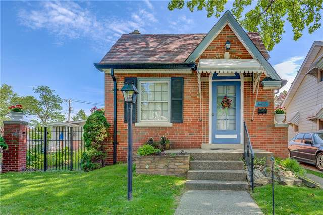 4455 Osceola, St Louis, MO 63116 (#20036694) :: Kelly Hager Group | TdD Premier Real Estate