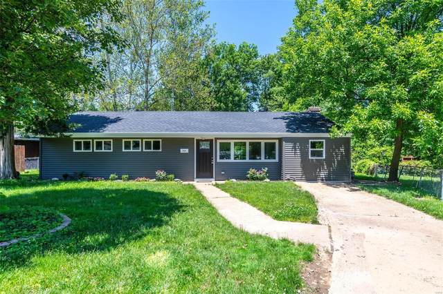 719 Westchester Ct, Kirkwood, MO 63122 (#20036702) :: The Becky O'Neill Power Home Selling Team