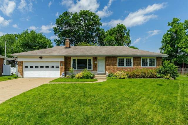 3 Meadow Court, Florissant, MO 63031 (#20038278) :: Parson Realty Group
