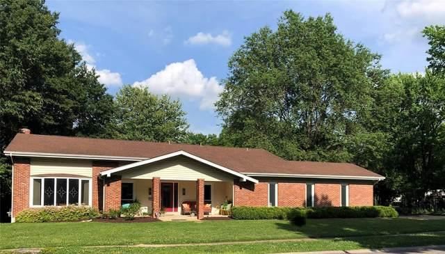 12547 Whispering Hills Lane, St Louis, MO 63146 (#20038463) :: Sue Martin Team