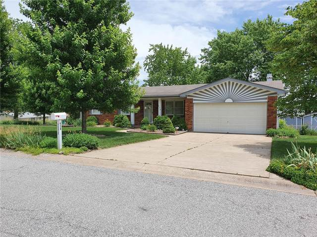938 Mallory, Saint Charles, MO 63303 (#20038574) :: Parson Realty Group