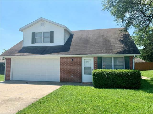 1710 Ashwood, Rolla, MO 65401 (#20038932) :: The Becky O'Neill Power Home Selling Team