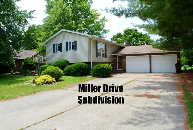 916 W Miller, STAUNTON, IL 62088 (#20038993) :: Parson Realty Group