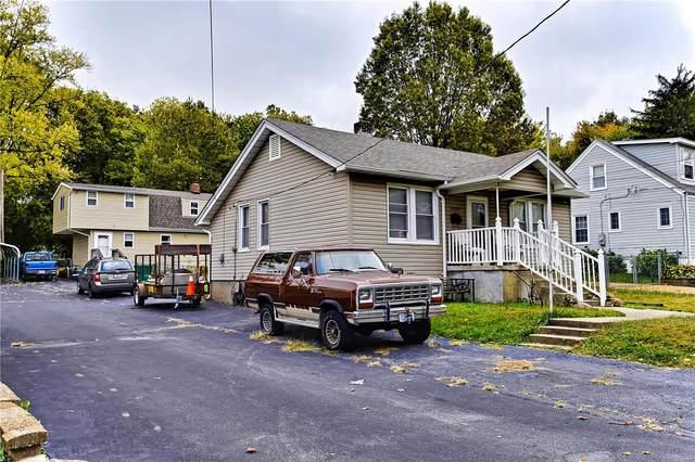 2420 E Milton Avenue, St Louis, MO 63114 (#20039513) :: Parson Realty Group