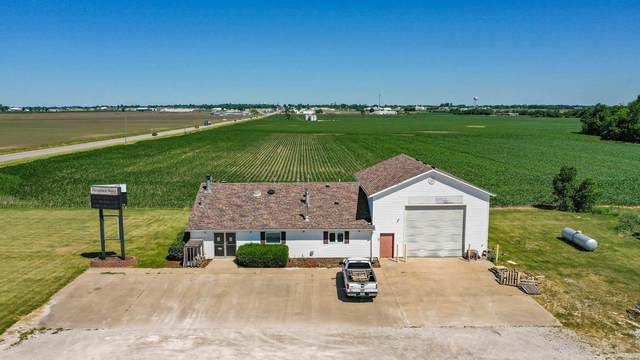 1665 S State Street, Jerseyville, IL 62052 (#20040225) :: Tarrant & Harman Real Estate and Auction Co.