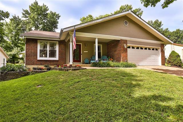 508 Treetop Village Drive, Ballwin, MO 63021 (#20040604) :: The Becky O'Neill Power Home Selling Team