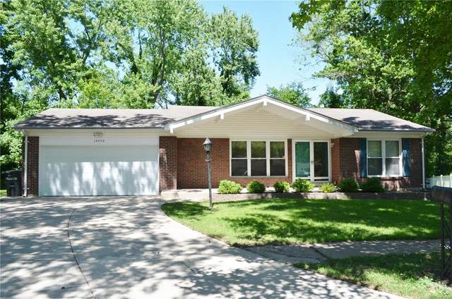 14452 Lost Fox Drive, Florissant, MO 63034 (#20040648) :: The Becky O'Neill Power Home Selling Team