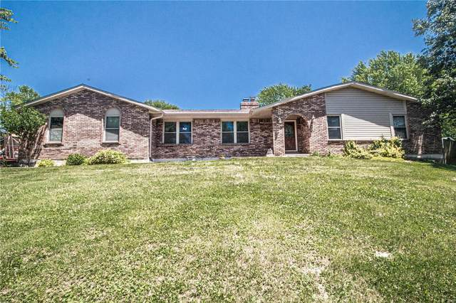 3552 East Romaine Creek Drive, Imperial, MO 63052 (#20040683) :: The Becky O'Neill Power Home Selling Team