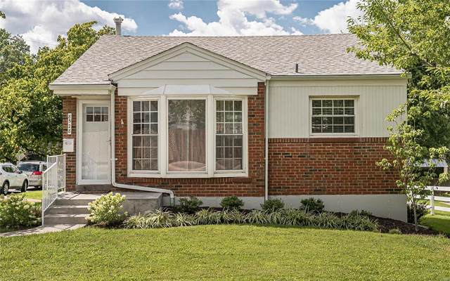 8528 Litzsinger Road, Brentwood, MO 63144 (#20041263) :: Parson Realty Group