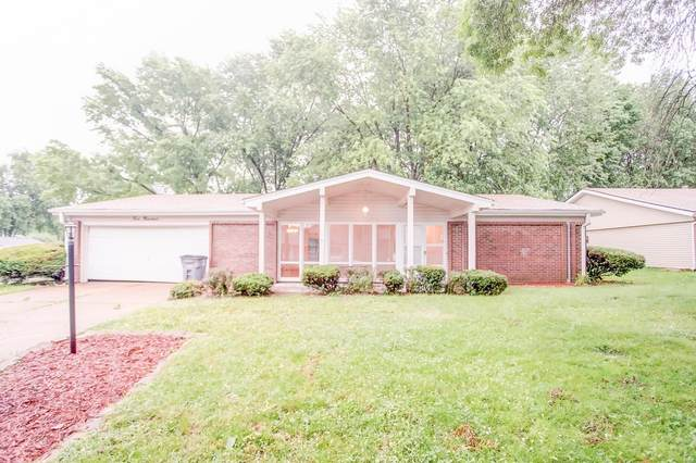 400 Harpers Ferry, Belleville, IL 62221 (#20041631) :: RE/MAX Professional Realty