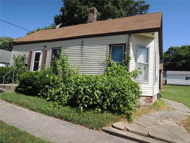423 W South Avenue, Greenville, IL 62246 (#20041685) :: Hartmann Realtors Inc.