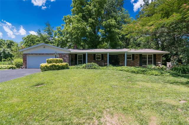 202 Westmoreland, Collinsville, IL 62234 (#20042571) :: The Becky O'Neill Power Home Selling Team