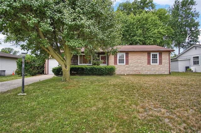 30 Keeven Drive, Highland, IL 62249 (#20042655) :: The Becky O'Neill Power Home Selling Team