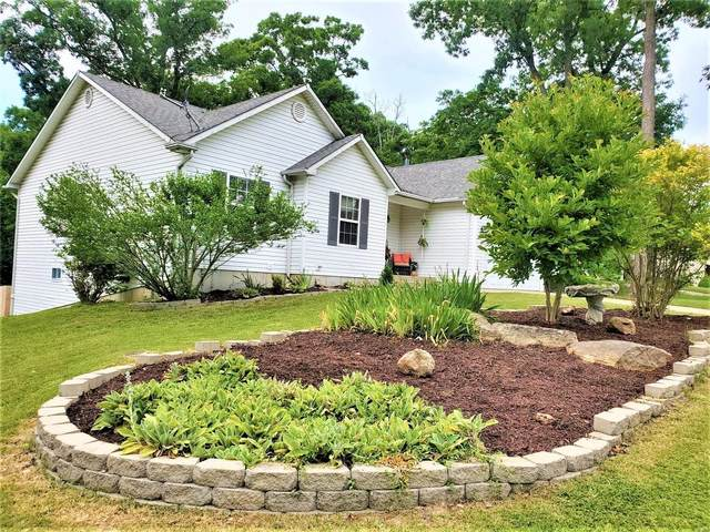 1140 Village Green Dr., Marthasville, MO 63357 (#20043380) :: The Becky O'Neill Power Home Selling Team