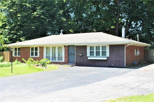 157 Freedom Drive, Belleville, IL 62226 (#20044179) :: Clarity Street Realty