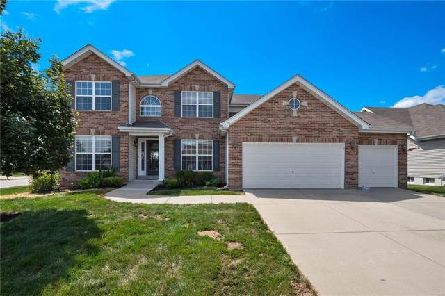 1301 Corliss Court, Belleville, IL 62221 (#20044516) :: The Becky O'Neill Power Home Selling Team