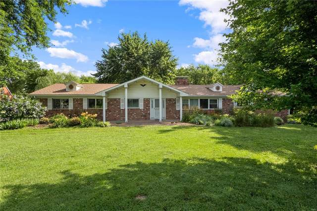 1305 Goldfinch, Belleville, IL 62223 (#20044554) :: The Becky O'Neill Power Home Selling Team