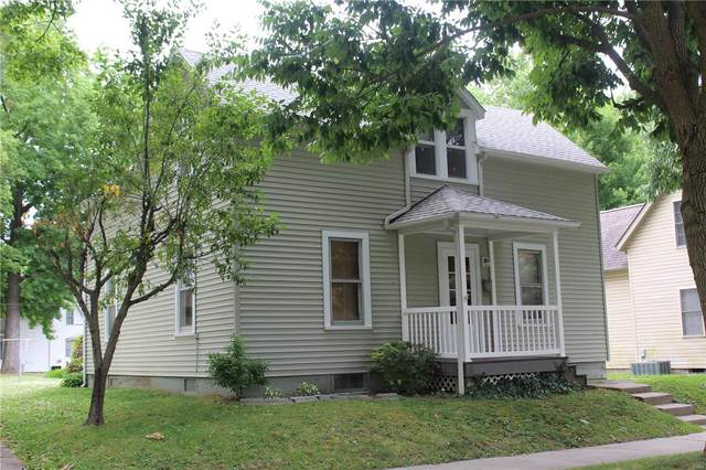 1501 Pine Street, Highland, IL 62249 (#20044814) :: Clarity Street Realty